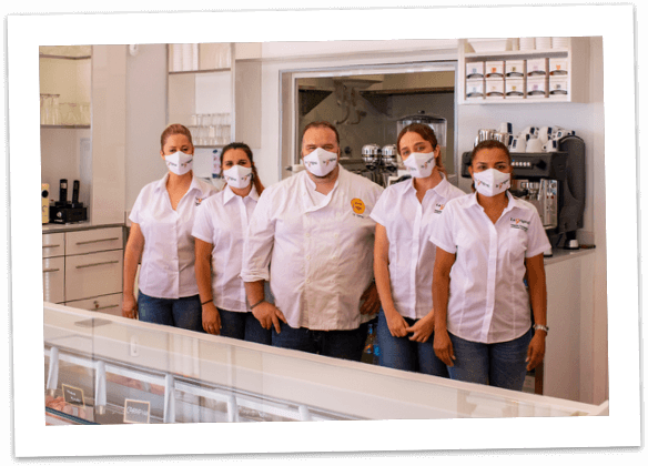 Equipo de heladería en Fuengirola La Original